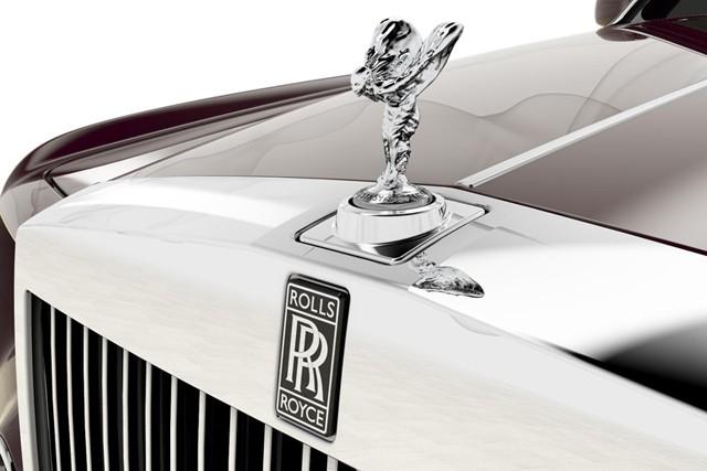 """Chiêm ngưỡng biểu tượng của Rolls-Royce """"bằng xương bằng thịt"""" ảnh 1"""