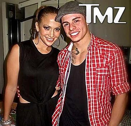 J.Lo cặp kè cùng vũ công trẻ hơn... 18 tuổi? ảnh 1