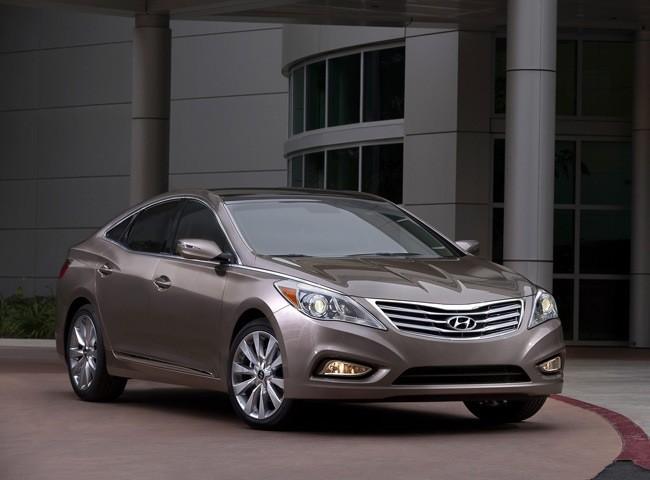 Đối thủ xứng tầm của Lexus ES - Hyundai Azera 2012 ảnh 1
