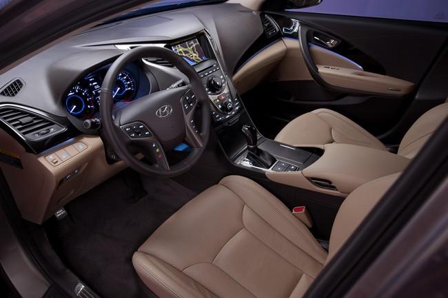 Đối thủ xứng tầm của Lexus ES - Hyundai Azera 2012 ảnh 10