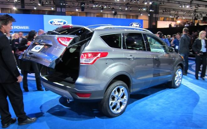 Ford Escape 2013: Diện mạo, công nghệ hoàn toàn mới ảnh 4