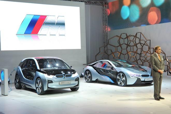 Cặp đôi BMW i3 và i8 trình diễn ấn tượng cùng người đẹp Mission Impossible 4 ảnh 4