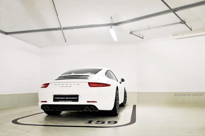"""""""Đột nhập"""" bảo tàng những chiếc """"tuyệt tác"""" của Porsche ảnh 1"""