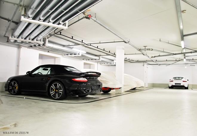 """""""Đột nhập"""" bảo tàng những chiếc """"tuyệt tác"""" của Porsche ảnh 3"""