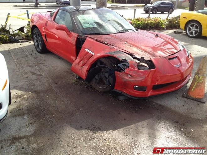 Tài xế say xỉn tông nát 3 chiếc Chevrolet Corvette Grand Sport ảnh 5