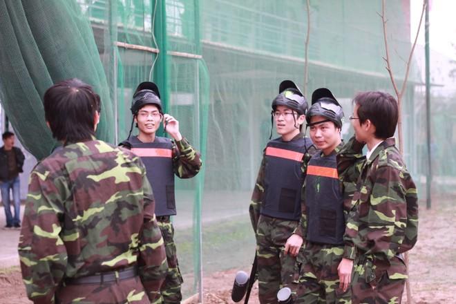 Súng sơn - trò chơi trận giả ra mắt ấn tượng tại Hà Nội ảnh 4