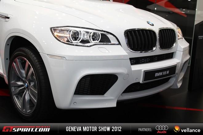 Cận cảnh BMW X6 M Facelift mới ảnh 2