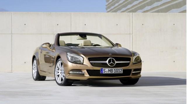 Mercedes-Benz SL550 sẽ có giá từ 106.375 USD ảnh 1