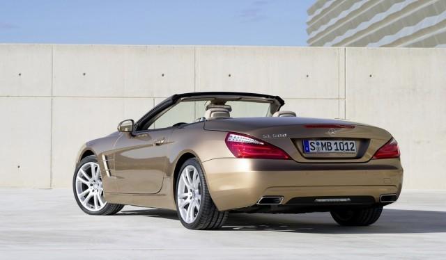 Mercedes-Benz SL550 sẽ có giá từ 106.375 USD ảnh 2