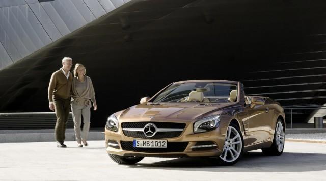 Mercedes-Benz SL550 sẽ có giá từ 106.375 USD ảnh 4