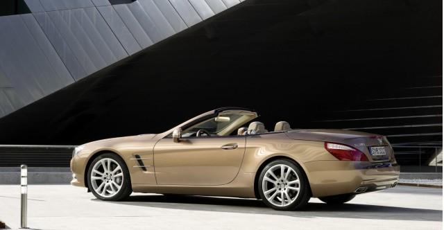 Mercedes-Benz SL550 sẽ có giá từ 106.375 USD ảnh 5