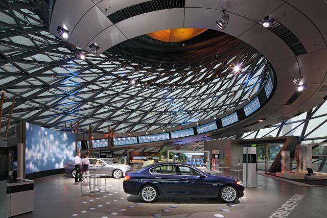 """BMW Welt - """"thiên đường"""" của những tín đồ xe """"Bimmer"""" ảnh 4"""