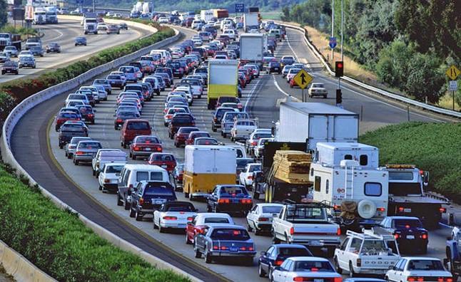 Người dân sẵn sàng đóng thuế cao để cải thiện hệ thống giao thông ảnh 1
