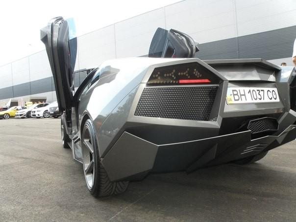 """Mitsubishi biến hoá thành """"siêu bò"""" Lamborghini ảnh 4"""