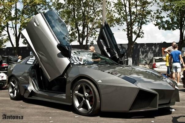 """Mitsubishi biến hoá thành """"siêu bò"""" Lamborghini ảnh 1"""
