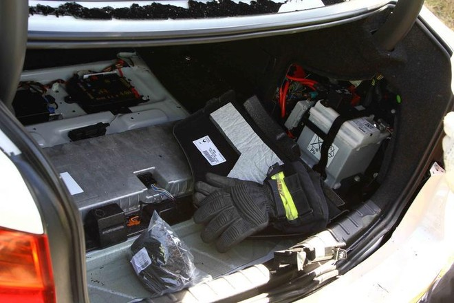 Một lái xe thiệt mạng khi lái thử nghiệm BMW 5-Series ảnh 5
