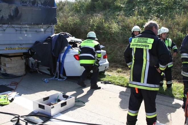 Một lái xe thiệt mạng khi lái thử nghiệm BMW 5-Series ảnh 7