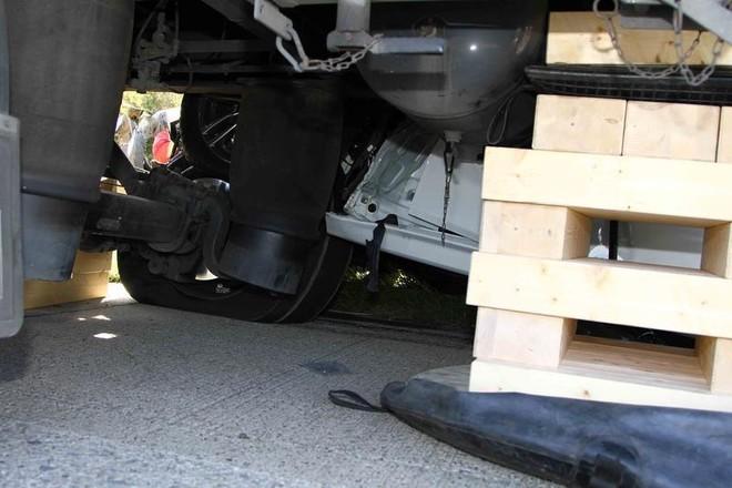 Một lái xe thiệt mạng khi lái thử nghiệm BMW 5-Series ảnh 8