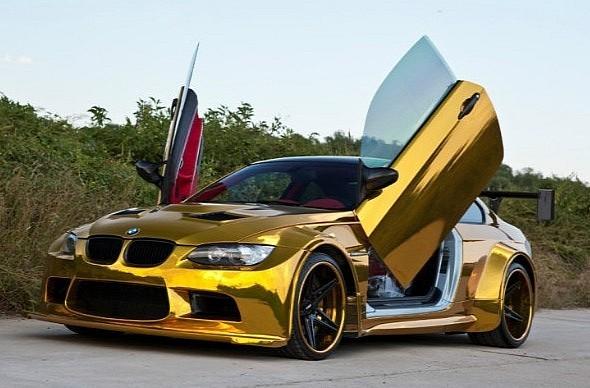 """Đại gia Trung Quốc """"độ"""" BMW bằng vàng ròng ảnh 1"""