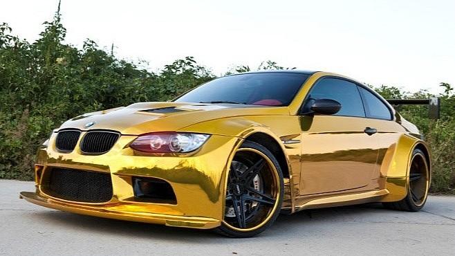 """Đại gia Trung Quốc """"độ"""" BMW bằng vàng ròng ảnh 2"""