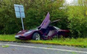 5 vụ tai nạn siêu xe khủng khiếp khiến tín đồ xe hơi xót xa