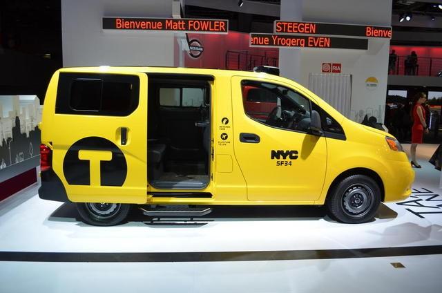 """Nissan giới thiệu """"Taxi của Tương lai"""" tại Paris Motor Show ảnh 1"""