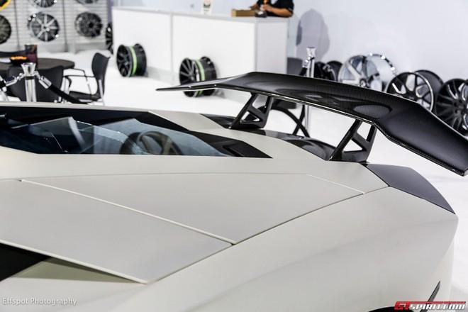 Chiêm ngưỡng Lamborghini Aventador trắng đẹp lóa mắt ảnh 11