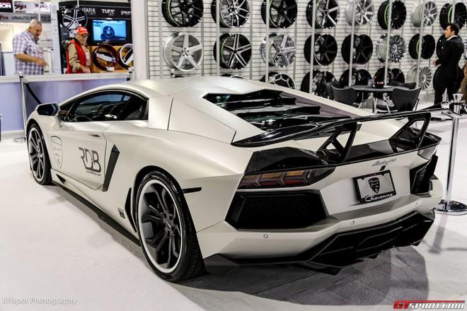 Chiêm ngưỡng Lamborghini Aventador trắng đẹp lóa mắt ảnh 7