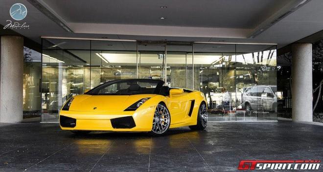 """Ra mắt """"chú nhện vàng"""" Lamborghini Gallardo Spyder ảnh 4"""
