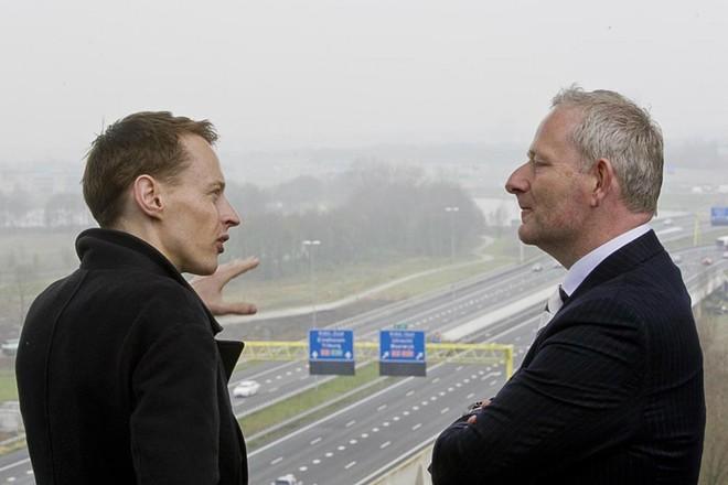 Đường phát sáng thông minh ở Hà Lan ảnh 1
