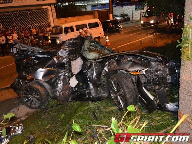 Nissan GT-R độ công suất lớn gây tai nạn chết người ảnh 2