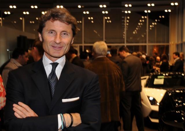"""Lamborghini công bố doanh số bán hàng """"đáng nể"""" ảnh 1"""