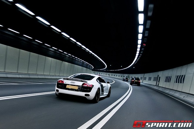 """Audi R8 V10 """"độ"""" đẹp lung linh ảnh 10"""
