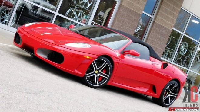 """Ngắm Ferrari F430 biến hóa thành chú """"nhện đỏ"""" ảnh 2"""