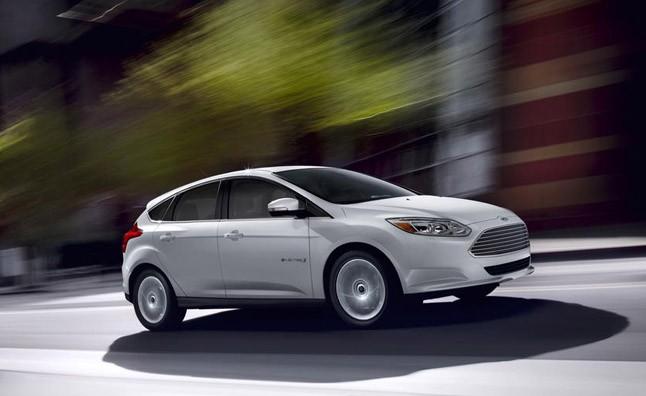 Ford Focus 2013 giảm giá siêu hấp dẫn ảnh 1