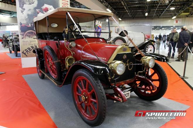 Ý: Độc đáo triển lãm xe Fiat cổ ảnh 1