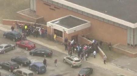 Học sinh lớp 8 mang súng đến trường tự sát ảnh 1