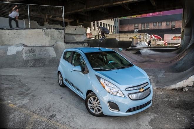 Chevrolet Spark 2014 giúp tiết kiệm 200 triệu chi phí nhiên liệu ảnh 1