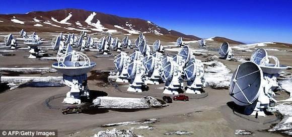 Hiện tượng tuyết rơi cực lạ trên sa mạc khô cằn nhất thế giới ảnh 3