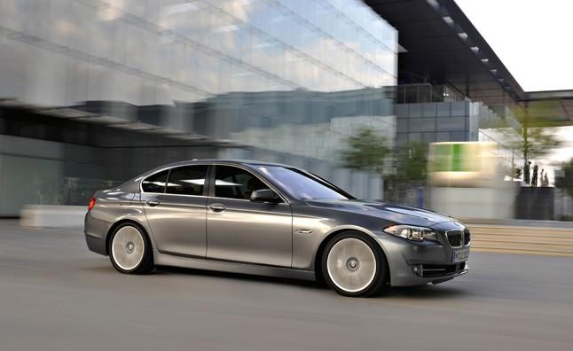 Thu hồi hơn một trăm ngàn xe BMW do lỗi đèn hậu ảnh 1