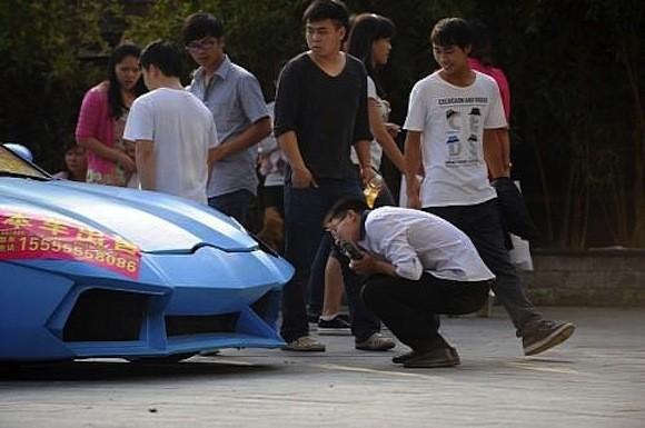 Cảnh sát Trung Quốc bắt được siêu xe Lamborghini hàng nhái ảnh 2