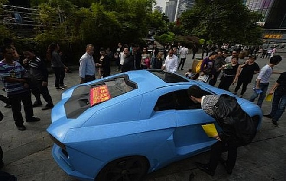 Cảnh sát Trung Quốc bắt được siêu xe Lamborghini hàng nhái ảnh 4