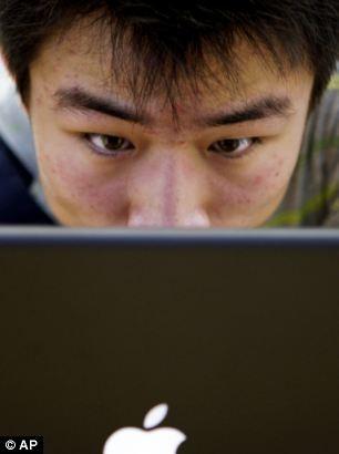Trung Quốc: 2 triệu nhân viên theo dõi việc dùng Internet của người dân ảnh 1