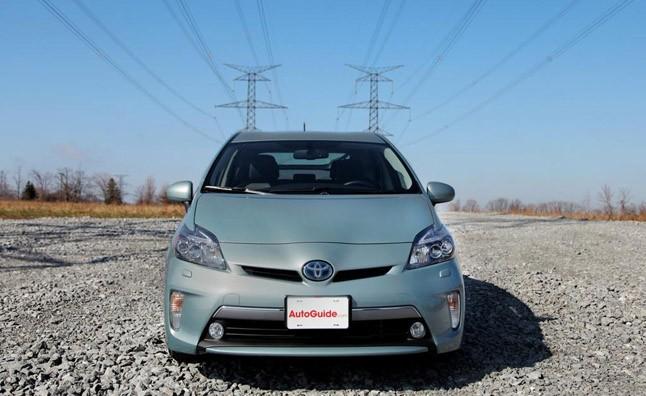 Toyota Prius phiên bản 2014 mới, giá giảm hơn 4.000 USD ảnh 1