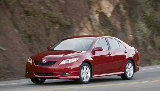 Xe tăng tốc đột ngột đâm chết người, Toyota bồi thường 3 triệu USD ảnh 1