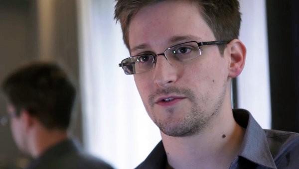 Edward Snowden sẵn sàng giúp Đức buộc tội Mỹ nghe lén ảnh 1