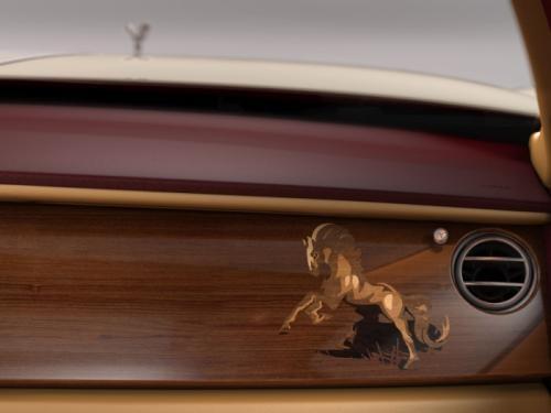 Sau rồng, Rolls-Royce Ghost tiếp tục có phiên bản ngựa ảnh 1