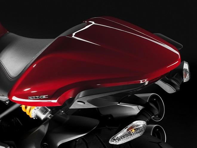 Ducati cho ra mắt chiếc Monster 1200 mới ảnh 6