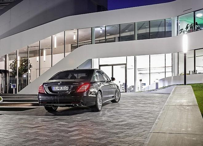 Mercedes trình làng sedan hạng sang S65 AMG 2014 ảnh 3