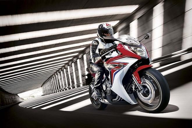 Honda CBR650F 2014 không cần động cơ khoẻ để gây ấn tượng